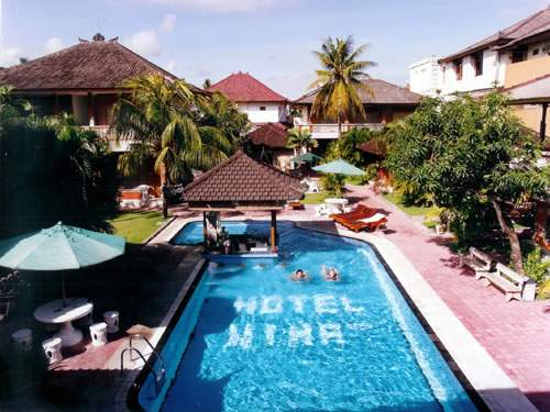 Java & Bali + Wina Holiday Villa Kuta
